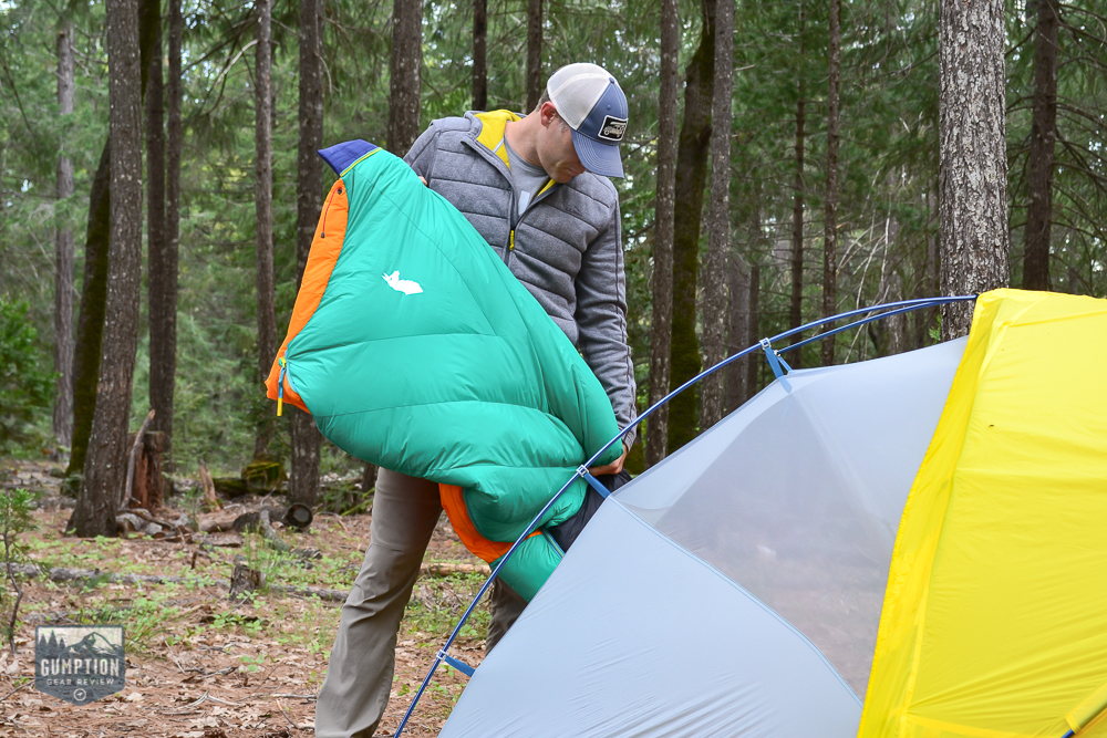 It Doesn T Matter If You Re Camping Or Backng The Cotopaxi Sueño 15 Degree Down Sleeping Bag